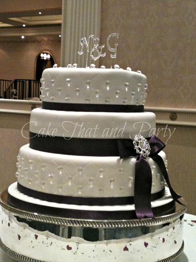 diamond themed wedding cake
