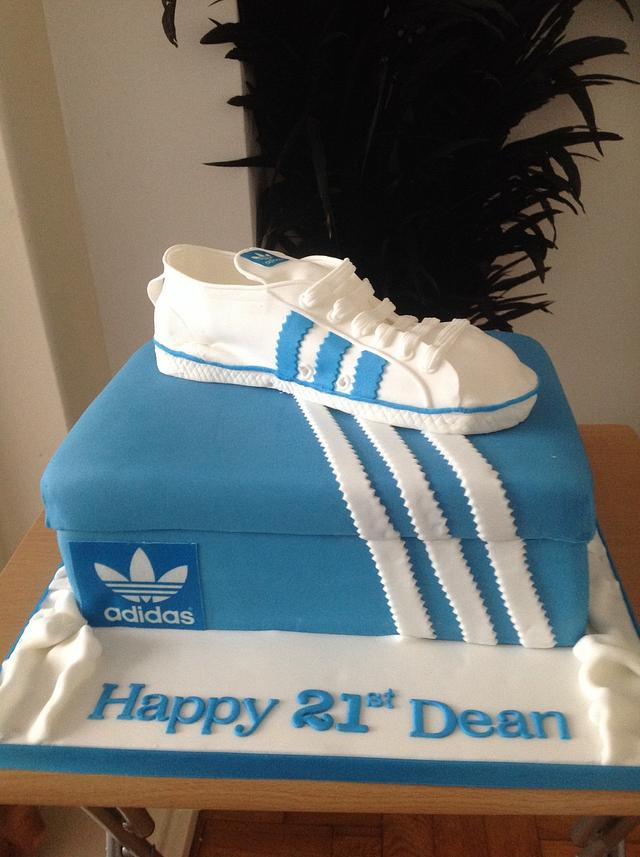 Adidas trainer and shoe box cake by Suzanne CakesDecor