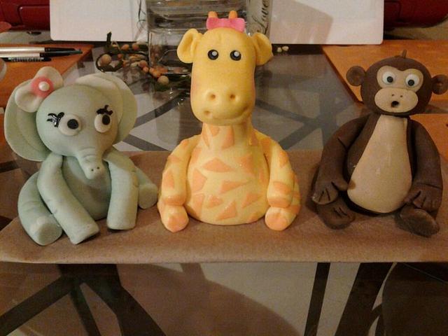 Baby shower figurines
