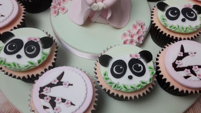 Japenese award winning cupcakes.