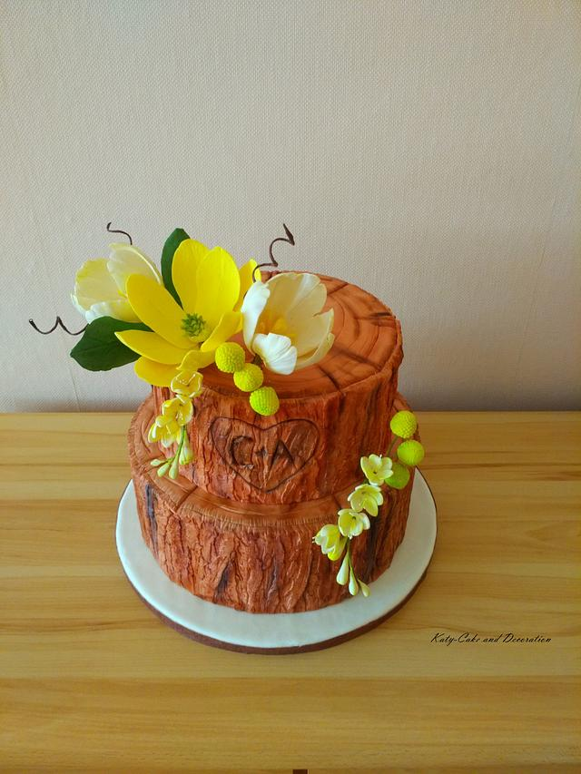 Wedding cake with magnolias