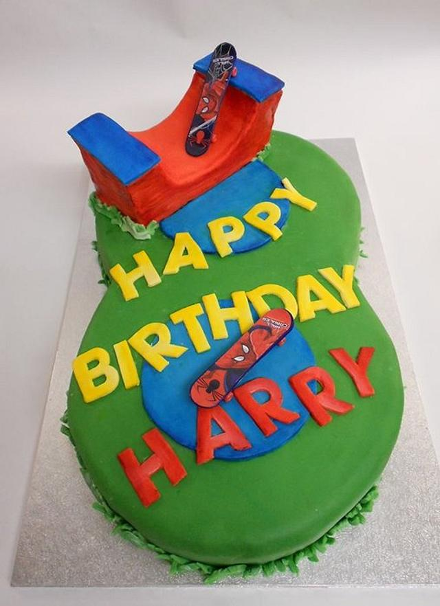 Peachy 8 Years Old Cake Cake By Fabiolaviero Cakesdecor Funny Birthday Cards Online Chimdamsfinfo