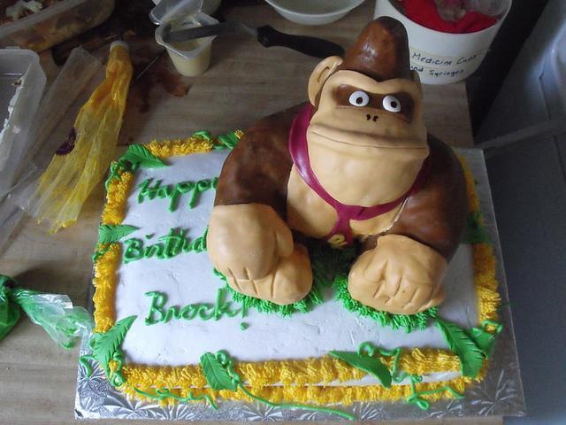 Swell Donkey Kong Birthday Cake Cake By Ming Cakesdecor Funny Birthday Cards Online Amentibdeldamsfinfo