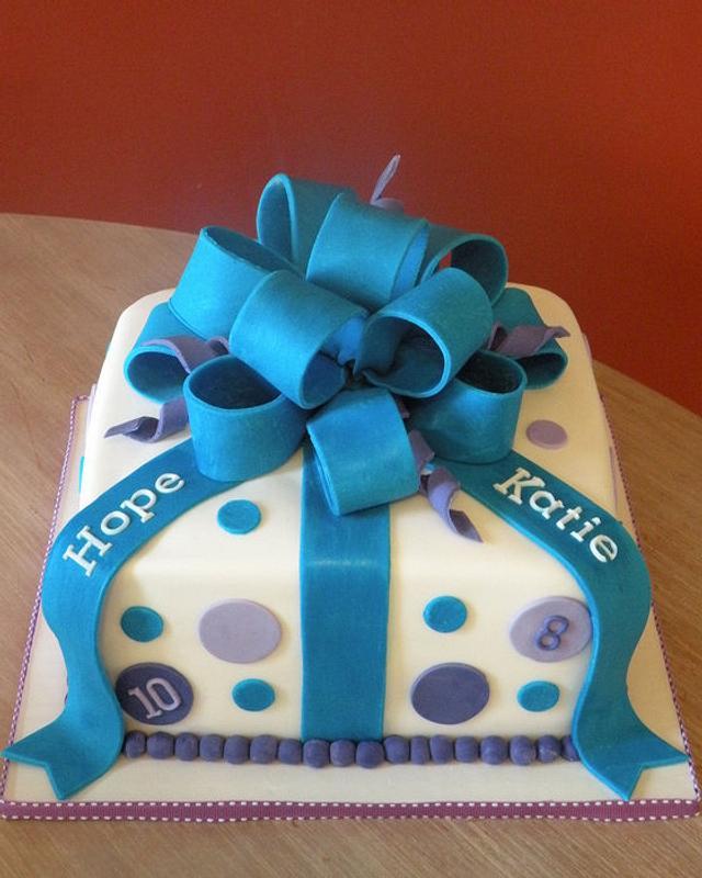 "Birthday ""present"" cake"