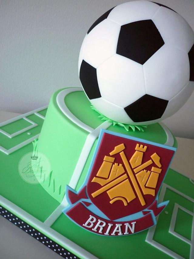 Magnificent West Ham Football Birthday Cake Cake By Isabelle Cakesdecor Funny Birthday Cards Online Alyptdamsfinfo