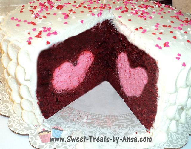 Valentine's Day Tasty Fill Heart Cake