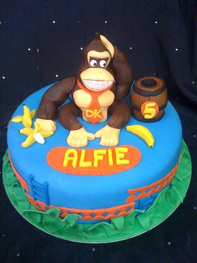Awesome Donkey Kong Cake By Amber Catering And Cakes Cakesdecor Funny Birthday Cards Online Amentibdeldamsfinfo