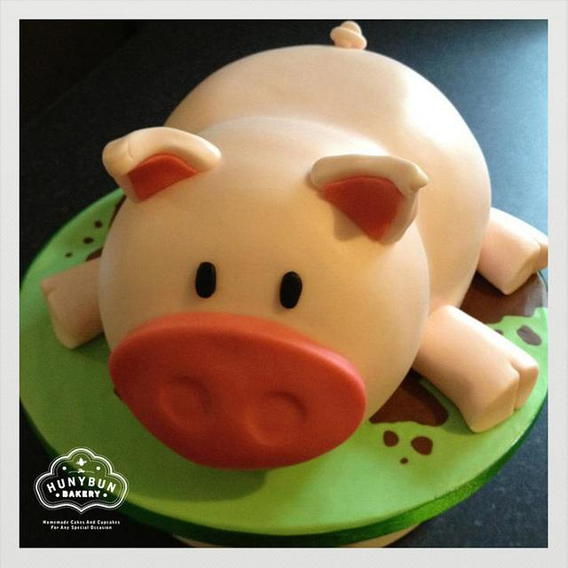 Superb 3D Piggy Birthday Cake Cake By Hannah Gayfer Cakesdecor Funny Birthday Cards Online Necthendildamsfinfo