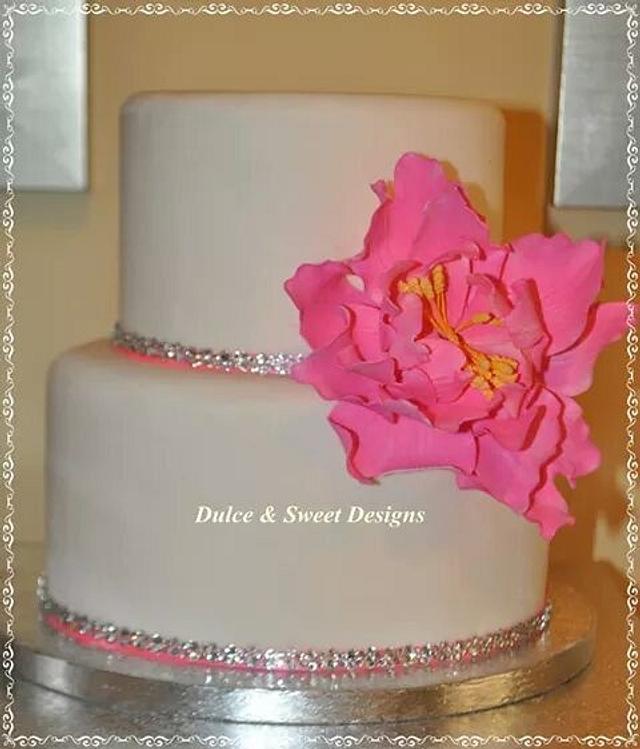 Pink peony & bling cake