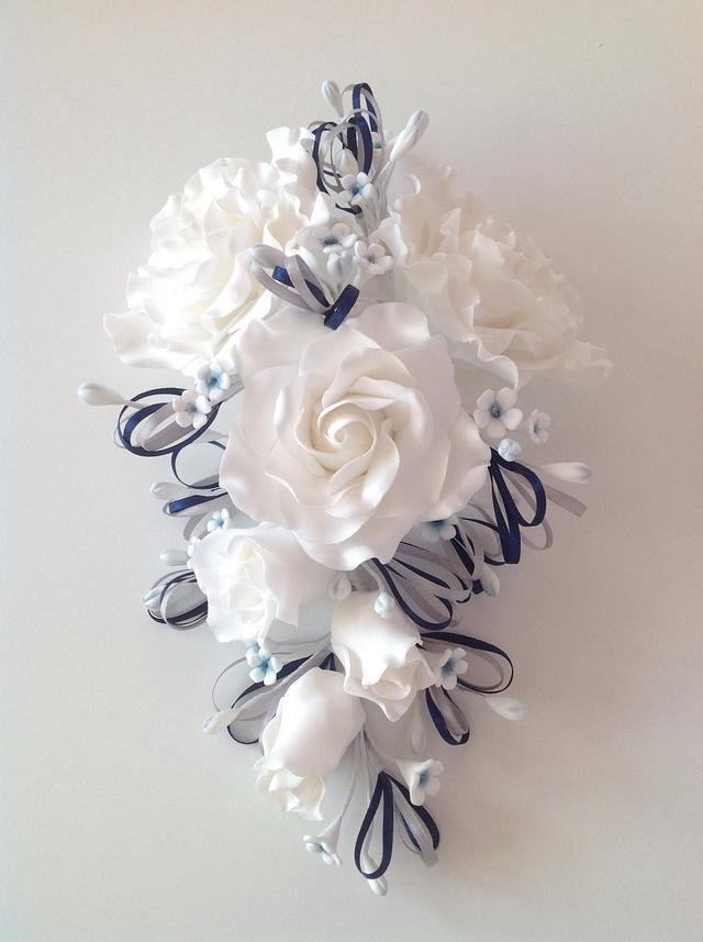 Wired rose bouquet