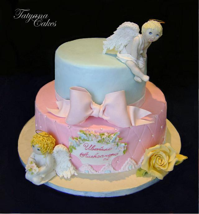 Cake with angels