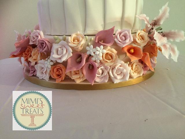 Summer flowers wedding cake