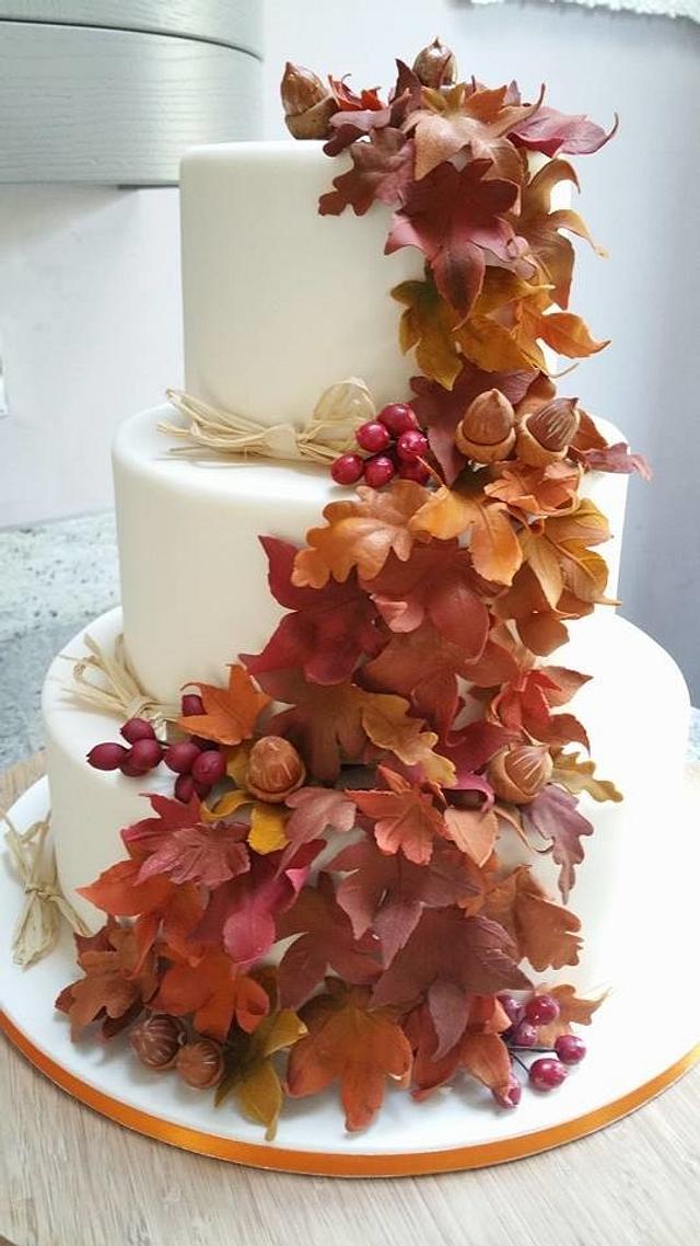 Autumn Leaves Wedding Cake