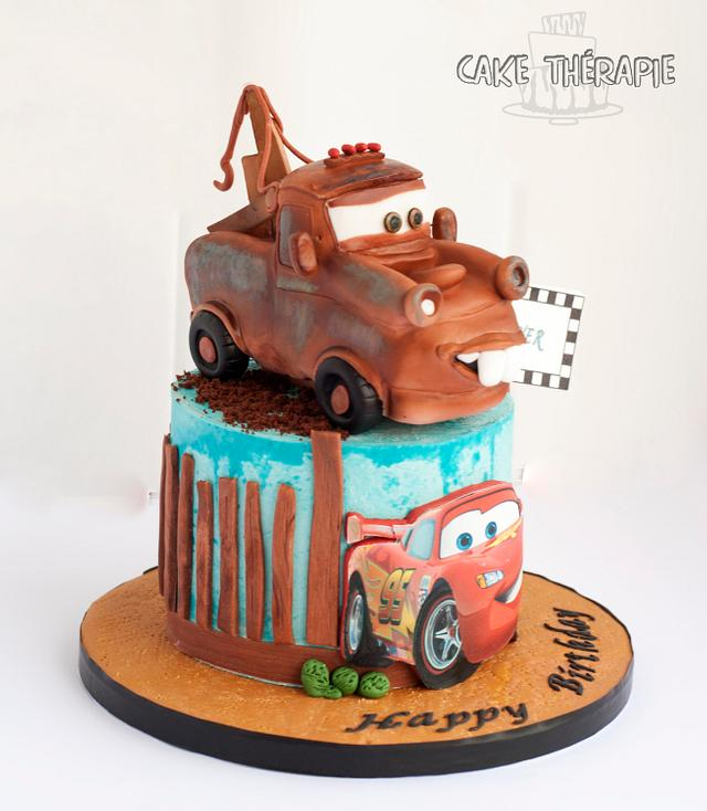 Tow Mater and McQueen cake