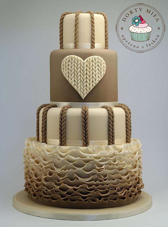 Knitted Wedding Cake