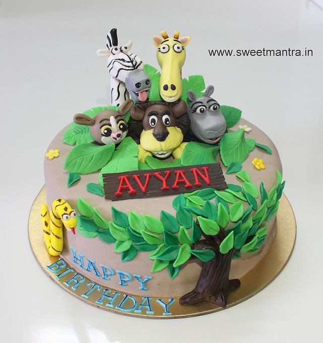 Fabulous Madagascar Animals Cake For Boys 1St Birthday Cake By Cakesdecor Funny Birthday Cards Online Alyptdamsfinfo