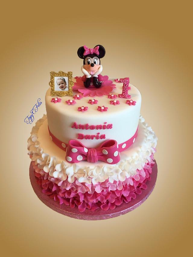 Awe Inspiring 1St Birthday Cake With Minnie Mouse Cake By Felis Cakesdecor Personalised Birthday Cards Veneteletsinfo