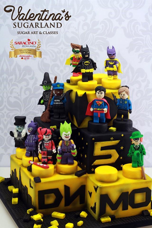 Awesome Batman Lego Movie Cake Cake By Valentinas Sugarland Cakesdecor Birthday Cards Printable Trancafe Filternl