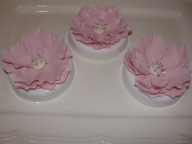 Open rose cake topper