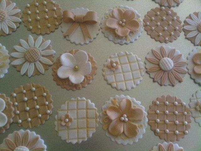 Spring/Mother's Day Cupcakes