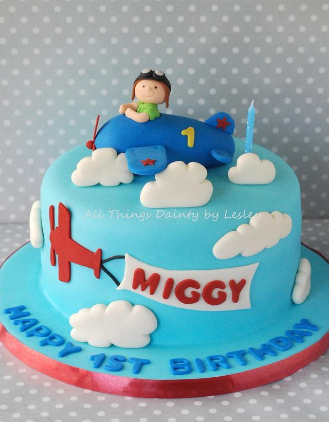 Astonishing Aviation Themed 1St Birthday Cake Cake By All Things Cakesdecor Funny Birthday Cards Online Alyptdamsfinfo