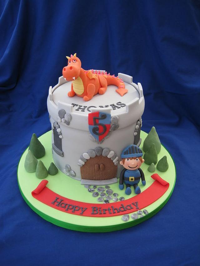 Dragon & knight cake