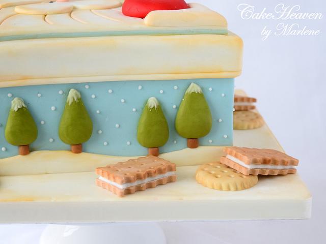 Christmas Cookie Tin Cake