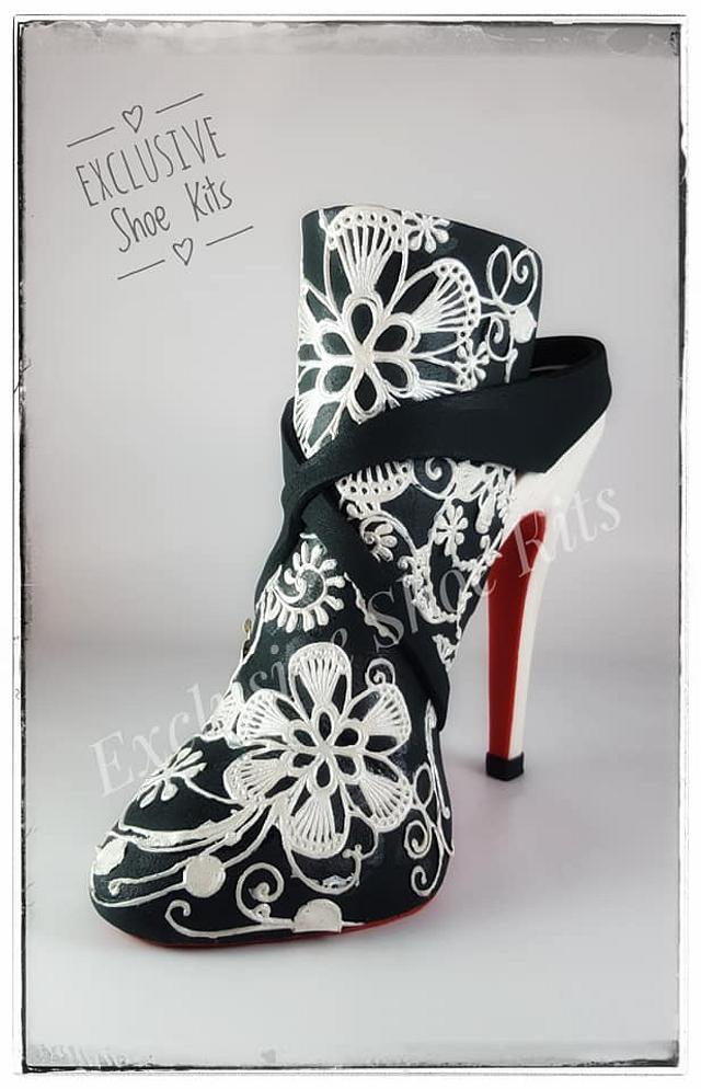 Lacy Stiletto Shoe