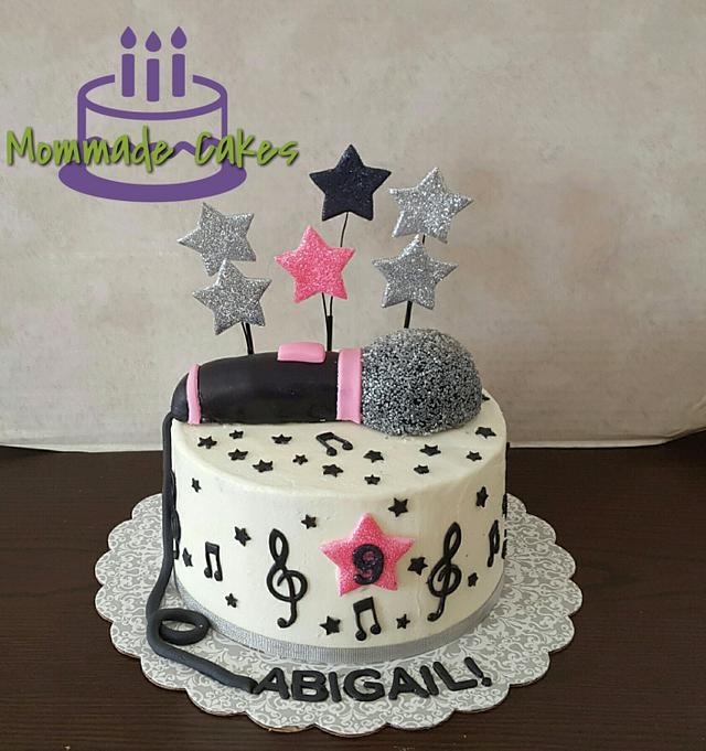 Super Star Cake