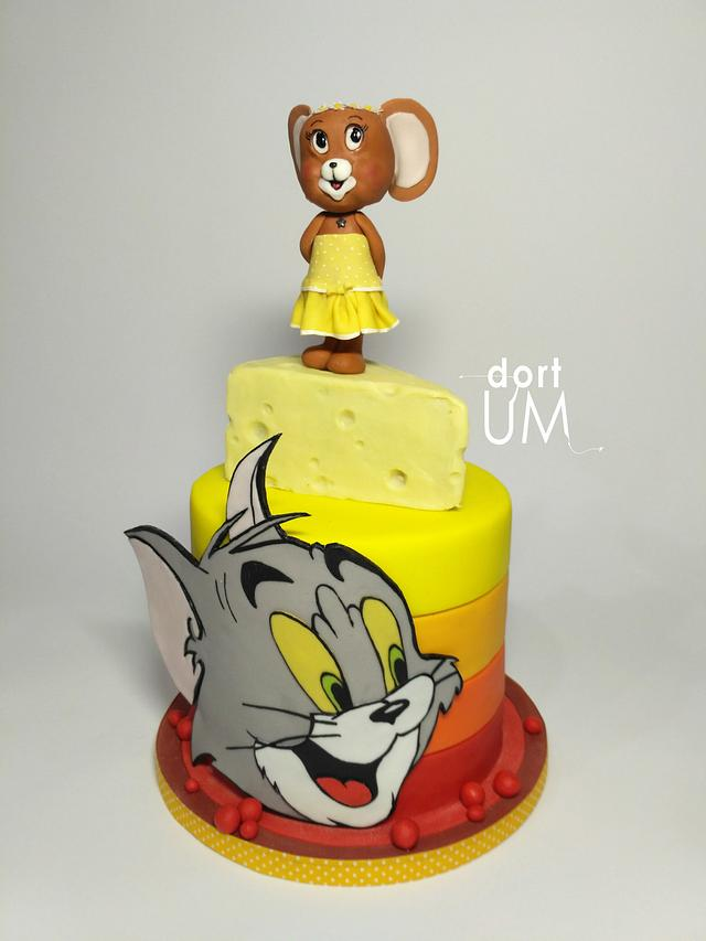 Tom (he) and Jerry (she)