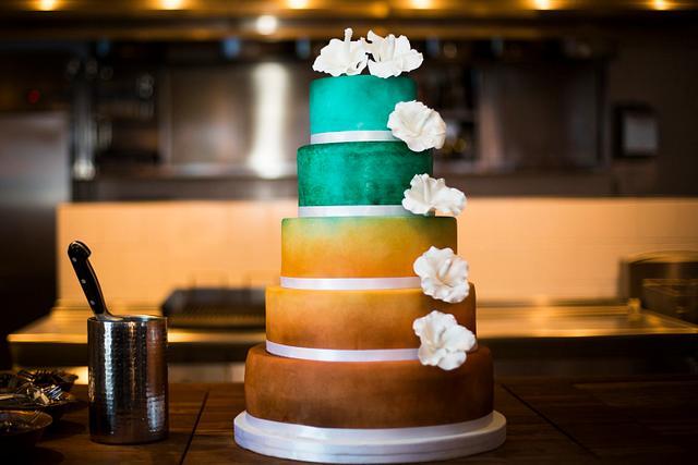 Wedding cake airbrushed