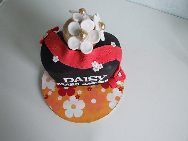 Pleasing Daisy Birthday Cake Cake By Amanda Watson Cakesdecor Funny Birthday Cards Online Alyptdamsfinfo