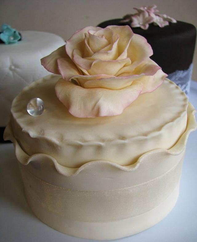 Tasting Cakes