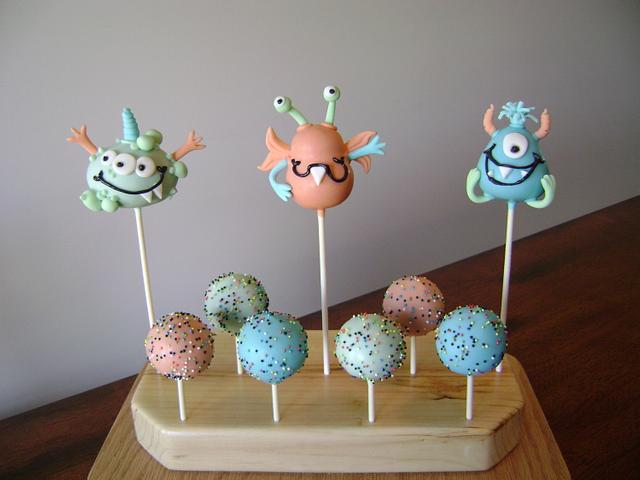 Lil Monsters Cake Pops