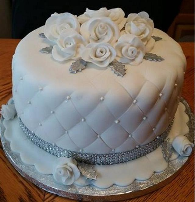 Quilted Cake with Roses