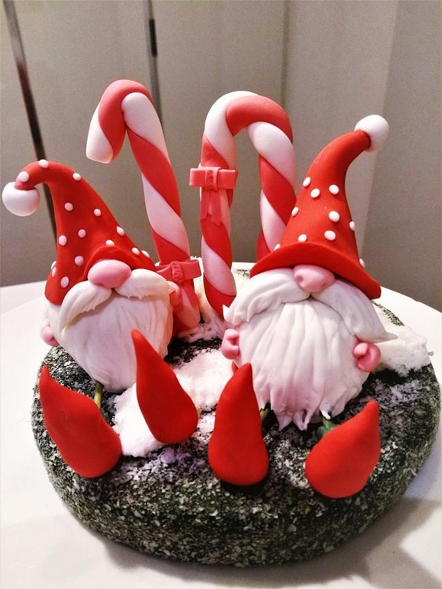 Birthday cake topper - Gnomes of the mushrooms