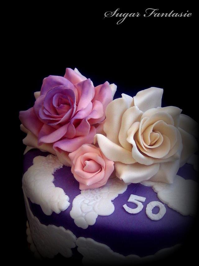 Romantic lace cake