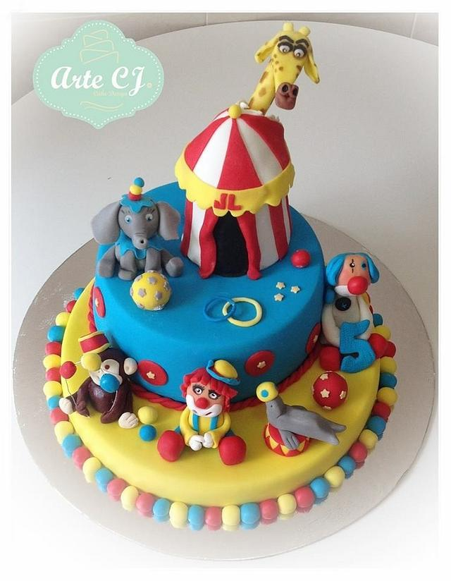 Astounding Circus Birthday Cake Cake By Arte Cj Cakesdecor Personalised Birthday Cards Veneteletsinfo