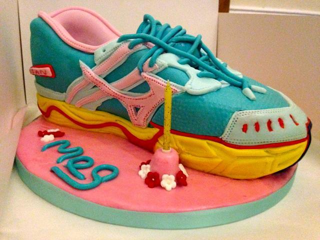 Running Shoe birthday cake