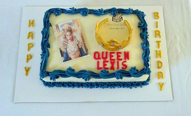 Stupendous Queen Birthday Sheet Cake Cake By Carsedra Glass Cakesdecor Personalised Birthday Cards Veneteletsinfo