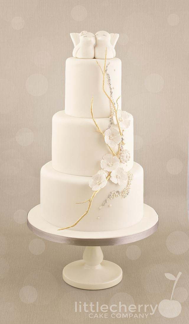 Embellished love bird cake