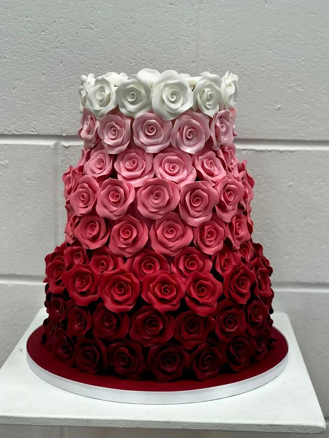 Wedding ombre roses