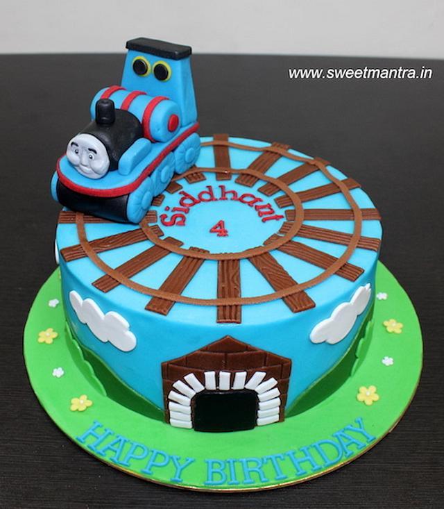 Fine Thomas Train Theme Fondant Cake For Kids 4Th Birthday Cakesdecor Funny Birthday Cards Online Sheoxdamsfinfo