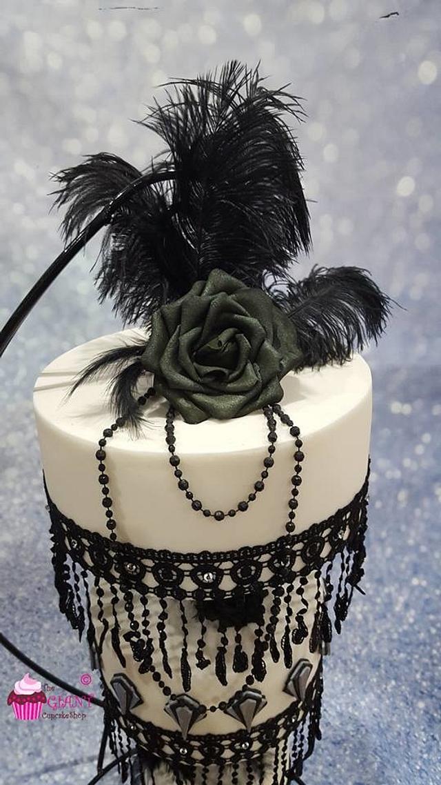 Gatsby Chandelier Wedding Cake