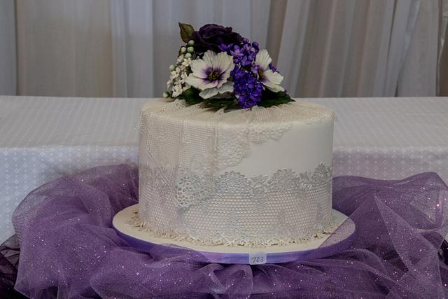 Single Tier for a 60+ Anniversary Cake