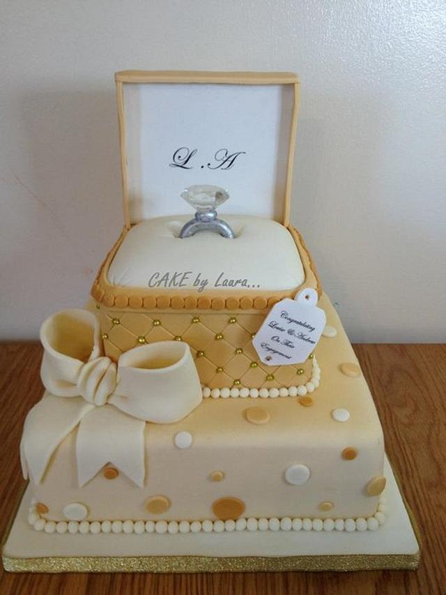 Gold ring box