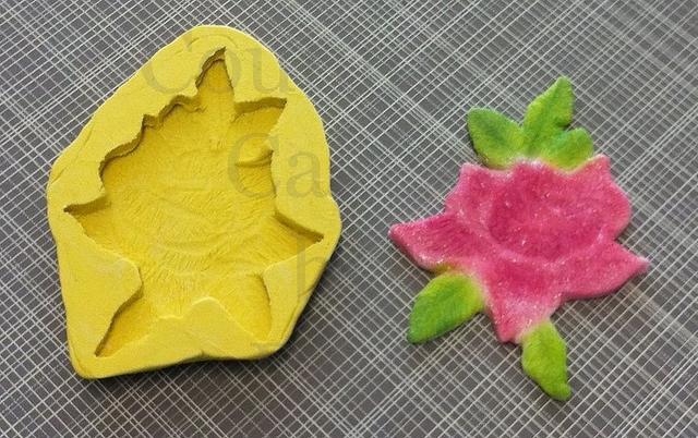 Rose applique sugar impression