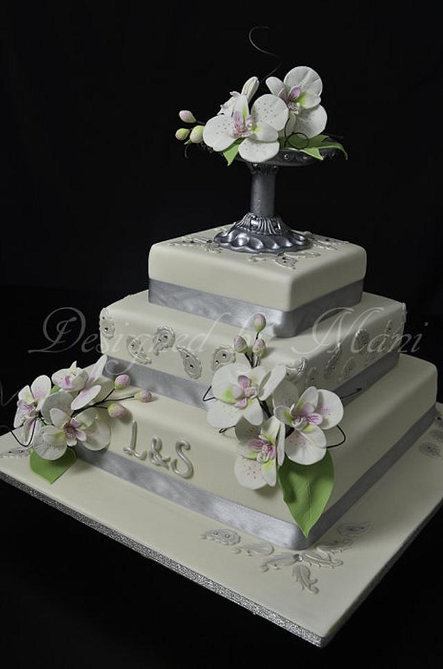 wedding cake with moth orchids