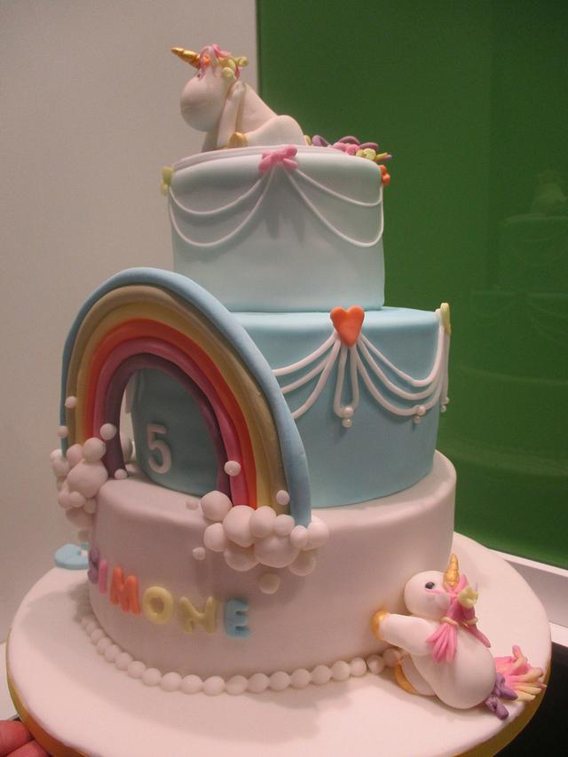 Simple unicorne towercake