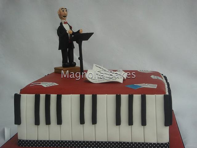 Piano / Conductor Cake